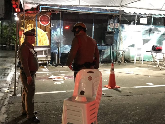 Two Tourists Die After Getting Caught In Gunfight Between Rival Gangs Near Bangkok Platinum Mall - World Of Buzz 3