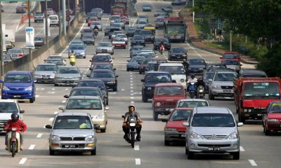 Anthony Loke: By 2030, There Will Be 31 Million Malaysian Drivers on The Road - WORLD OF BUZZ 2