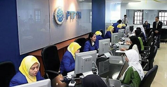 PTPTN Borrowers Will Have 2% Of Their Salaries Deducted Once They Start Earning RM2,000 A Month - WORLD OF BUZZ 2