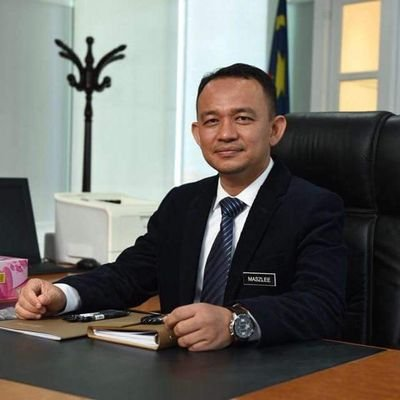 Maszlee Malik Said 1MDB Scandal Was Historical, But Did Not Say It Should Be in School Syllabus - WORLD OF BUZZ 1