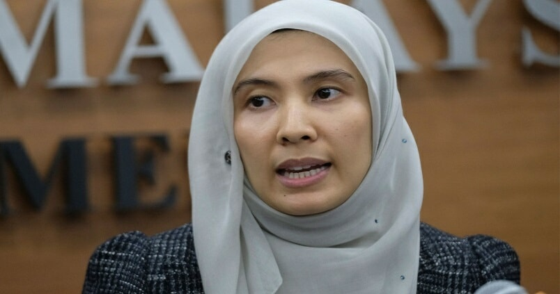 Nurul Izzah Resigns as PKR Vice President  & Penang Chairman - WORLD OF BUZZ