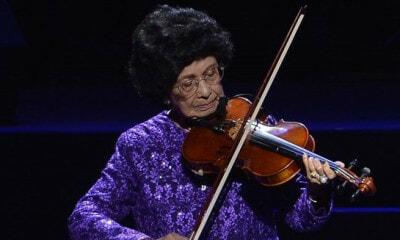 Siti Hasmah Dedicates Stunning Violin Performance to Adib - WORLD OF BUZZ 1
