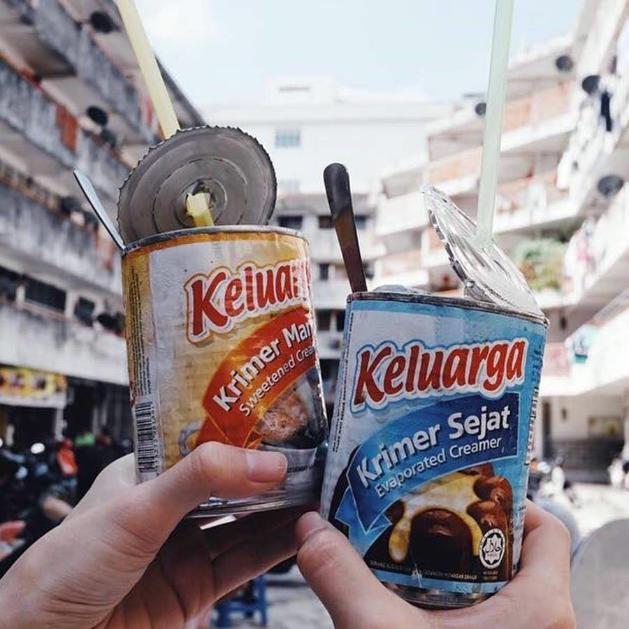 This Shop Serves Their Kopi Peng Special In Condensed Milk Cans - WORLD OF BUZZ 2