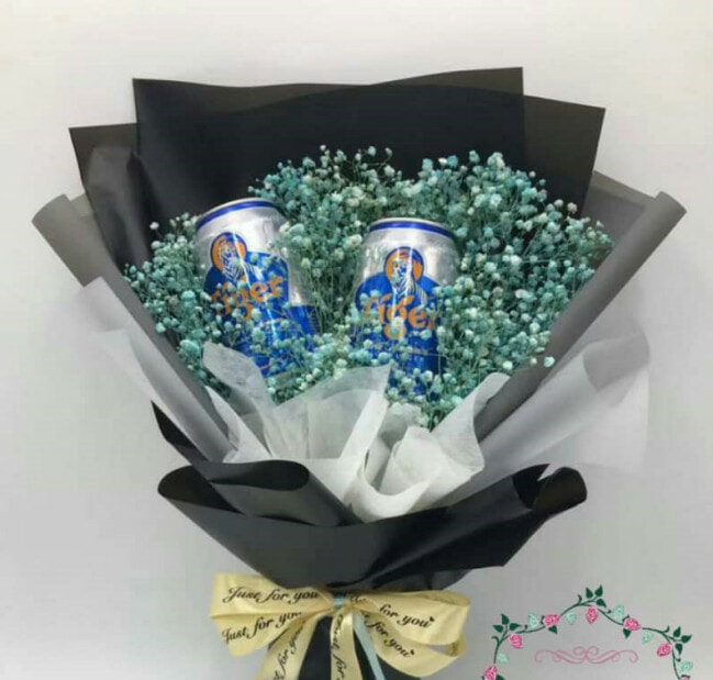 7/8 Unique Bouquets You Can Get In KL This Valentines Day - WORLD OF BUZZ 2