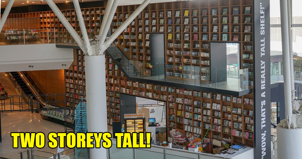BookXcess Opened Its First Penang Outlet With a Two-Storey Bookshelf & It's A Bookworm's Paradise! - WORLD OF BUZZ