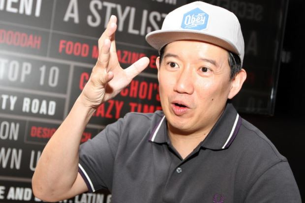 HK Star Chapman To Visits Malaysia Just To Eat Beloved Ipoh Fried Chicken - WORLD OF BUZZ 3