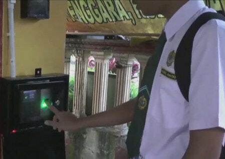 Johor Fingerprint - WORLD OF BUZZ 1