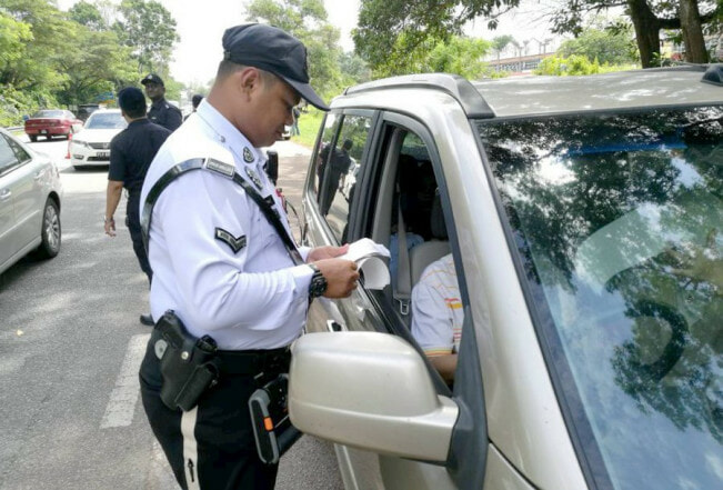 Starting Jan 29, You Will Get Rm300 Summons For These 6 Traffic Offences During Ops Selamat 14 - World Of Buzz 1