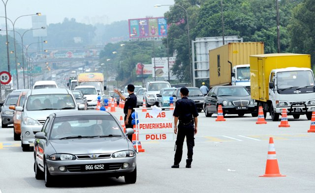 Starting Jan 29, You Will Get Rm300 Summons For These 6 Traffic Offences During Ops Selamat 14 - World Of Buzz 2