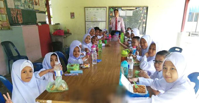 This SJKC Has 21 Students Only And All Of Them Are Malays - WORLD OF BUZZ