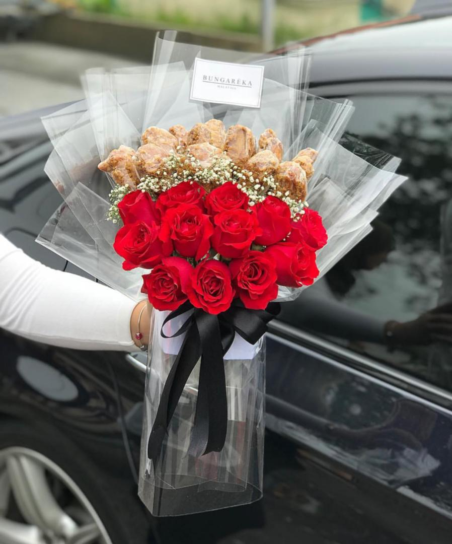 X Unique Bouquets You Can Get In KL This Valentines Day - WORLD OF BUZZ 11