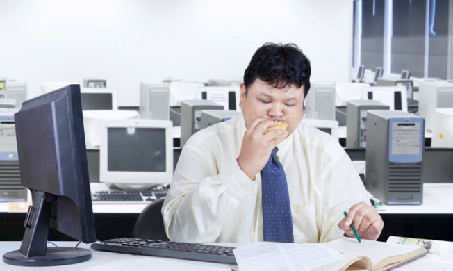 Doctors Say That Those Who Take Their Work Too Seriously Can Make You Fat - World Of Buzz