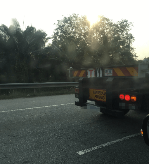 Netizen Shares Experience Of Almost Being Run Over By A Truck - World Of Buzz 1