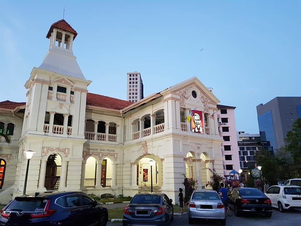 Penang's Oldest & Most Unique KFC Outlet Housed in a British Colonial Building Closing Down on March 16 - WORLD OF BUZZ 9