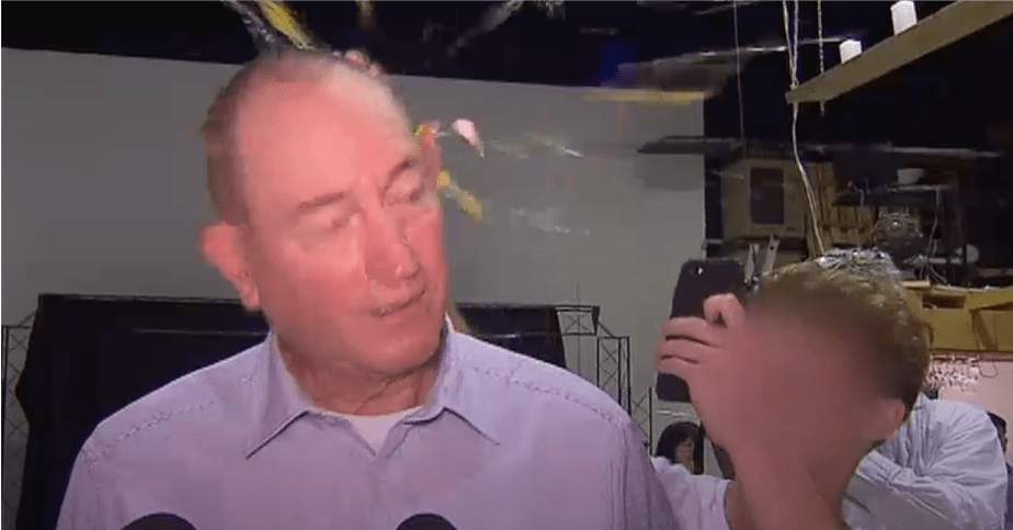Senator Fraser Anning Has Been Egged By 17-Year-Old At A Local Event - World Of Buzz 1
