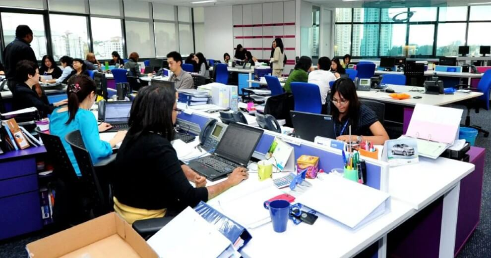 Study: Malay & Indian Women Face More Discrimination When Applying For Jobs In Malaysia - World Of Buzz