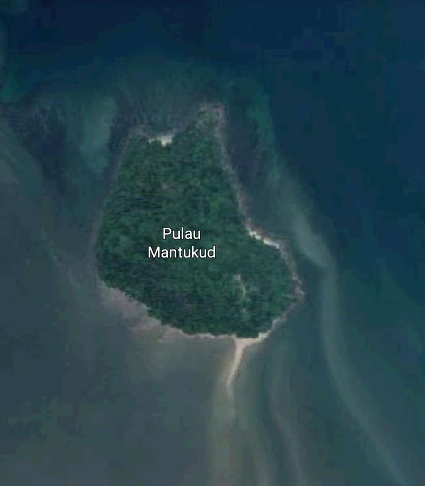 This Malaysian Private Island Is Actually Up For Sale, Here's What You Should Know - WORLD OF BUZZ 1
