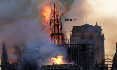 BREAKING: Massive Fire Burns Notre Dame Cathedral in Paris - WORLD OF BUZZ 5