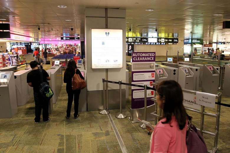 Starting 22 April, You No Longer Need to Get Your Passport Stamped When Leaving Singapore - WORLD OF BUZZ