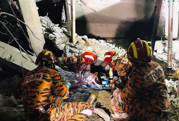 Carpark at Gombak LRT Station Collapses, 2 Injured & 1 Still Trapped in Rubble - WORLD OF BUZZ 1