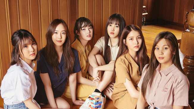 gfriend - WORLD OF BUZZ 3