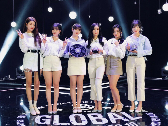 gfriend - WORLD OF BUZZ 5
