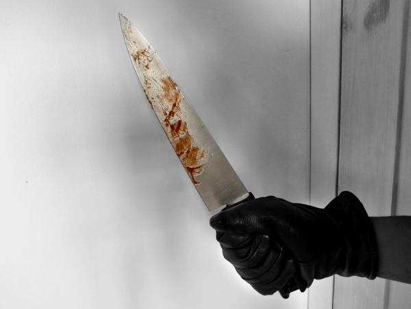 Man Slashes Roommate With Knife For Not Drinking More Wine With Him - WORLD OF BUZZ 1