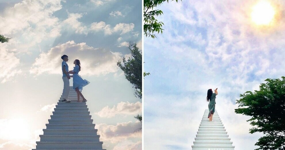 """This Cafe in South Korea is Getting Loads Of Visitors Because Of Its Insta-Worthy """"Stairway to Heaven"""" - WORLD OF BUZZ"""