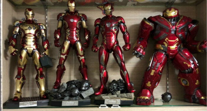 Wife Tries to Sell Husband's Beloved Avengers Action Figures Online Because She Thinks It's Childish - WORLD OF BUZZ 5