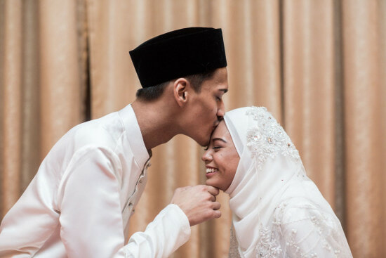 4 Just-Married Malaysian Couples Share What Guests Should REALLY Gift Them - WORLD OF BUZZ 16