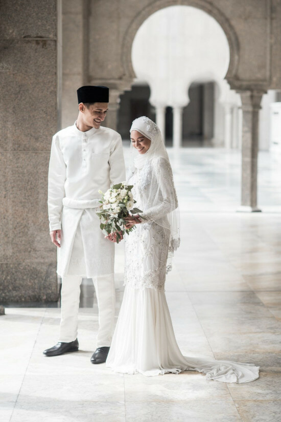 4 Just-Married Malaysian Couples Share What Guests Should REALLY Gift Them - WORLD OF BUZZ 17