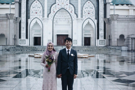 4 Just-Married Malaysian Couples Share What Guests Should REALLY Gift Them - WORLD OF BUZZ 4