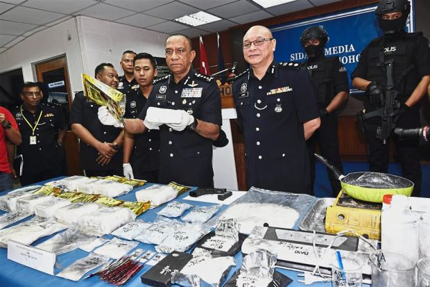 """M'sia Losing The Narcotics War"" IGP Says, 30 Policemen Arrested This Year For Drug Addiction - WORLD OF BUZZ 1"