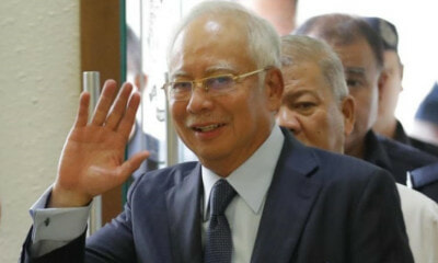 Ex-Banker Revealed That Najib Spent Almost RM600 Million In The Span of Three Years - WORLD OF BUZZ