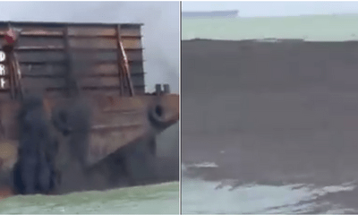 Ship Caught Dumping Coal Dust Along the Melaka Coastline - WORLD OF BUZZ 2