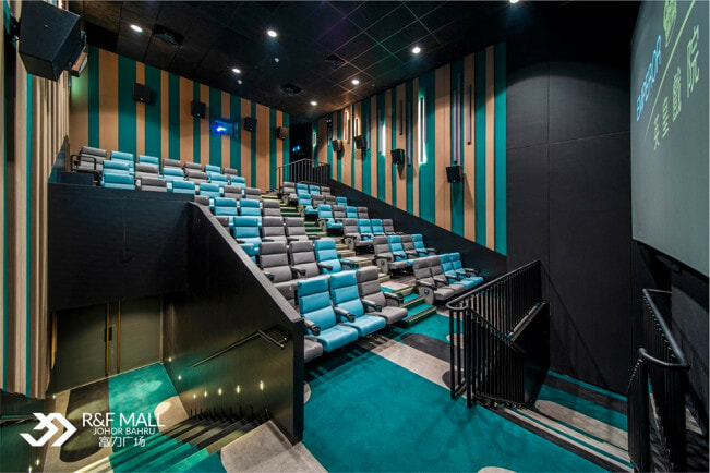 This Is The First-Ever Luxury Cinema in Malaysia & Movie Tickets Start From RM10! - WORLD OF BUZZ 12