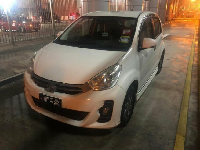 Two M'sian Women Smuggles Man Hidden in Myvi - WORLD OF BUZZ