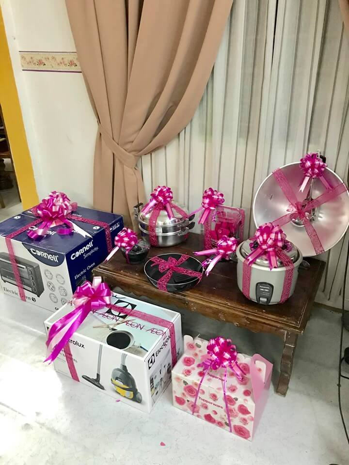 M'sian Newlyweds Creatively Give Each Other Household Appliances As Dowry, Netizens Amused - WORLD OF BUZZ 2
