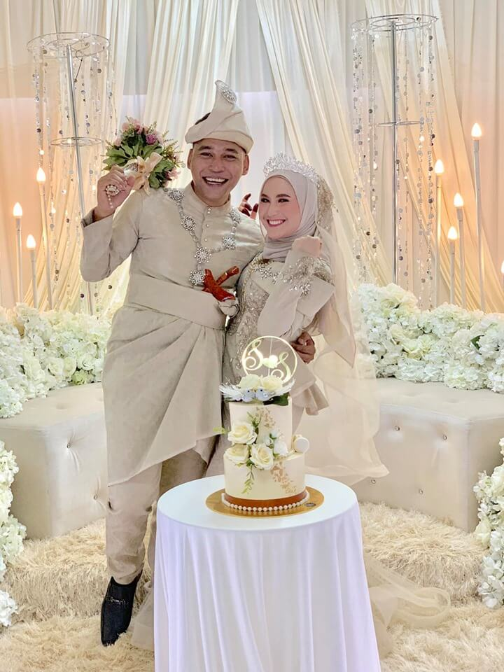 M'sian Newlyweds Go Viral For Giving Unique & Practical Dowry of Household Appliances, Including a Pestle & Mortar! - WORLD OF BUZZ