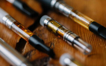 Vaping May Cause Male Infertility According To ObGyn Doctor - WORLD OF BUZZ 4
