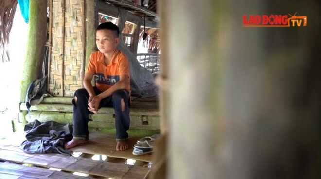10yo Boy Lives on His Own & Grows Vege to Survive After Grandma and Father Dies - WORLD OF BUZZ 1