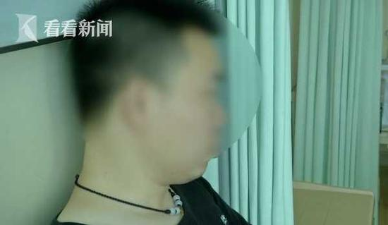 33yo Man Lazy to Cook, Almost Went Blind As He Always Tapau Food & Drinks Soft Drinks - WORLD OF BUZZ 1