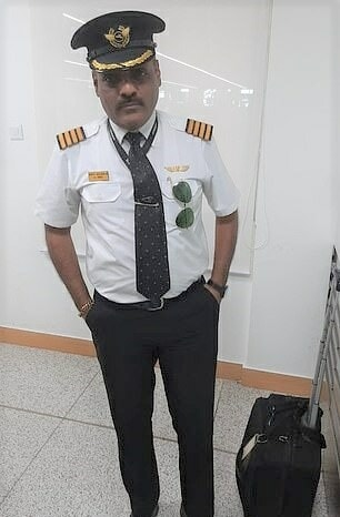 48yo Man Pretends To Be Pilot To Get Perks At The Airport, Skip Queues & Security Checks - WORLD OF BUZZ 2