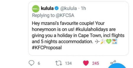 Man Proposes To GF In KFC, Journalist Calls Him Cheapskate, Big Companies Have His Back - WORLD OF BUZZ 3