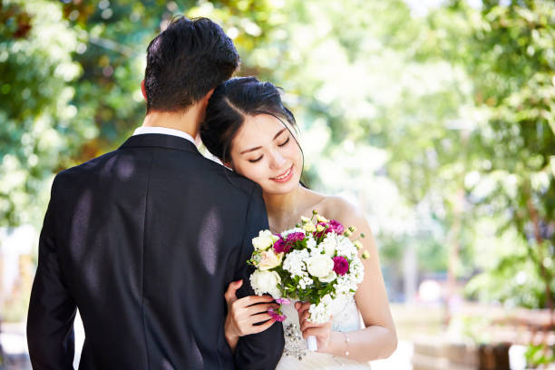 Selangor Govt is Giving Up to RM600 for M'sians Who Get Married Before 40 Years Old - WORLD OF BUZZ 1