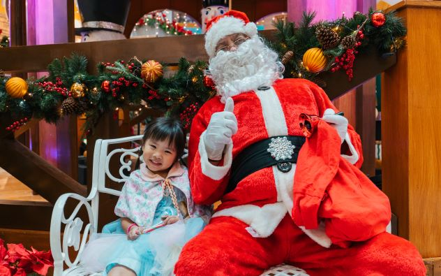 [TEST] Forget Flying to Germany, These Local Malls Will Bring European Christmas Markets Right to Malaysia! - WORLD OF BUZZ 34