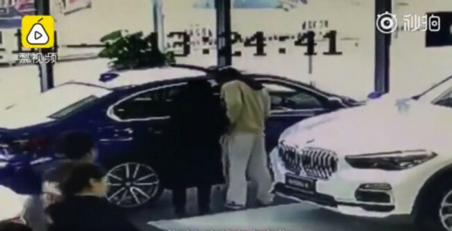 22yo Spoilt Man-Child Scratches New BMW In Showroom To Force Father to Buy It For Him - WORLD OF BUZZ 2