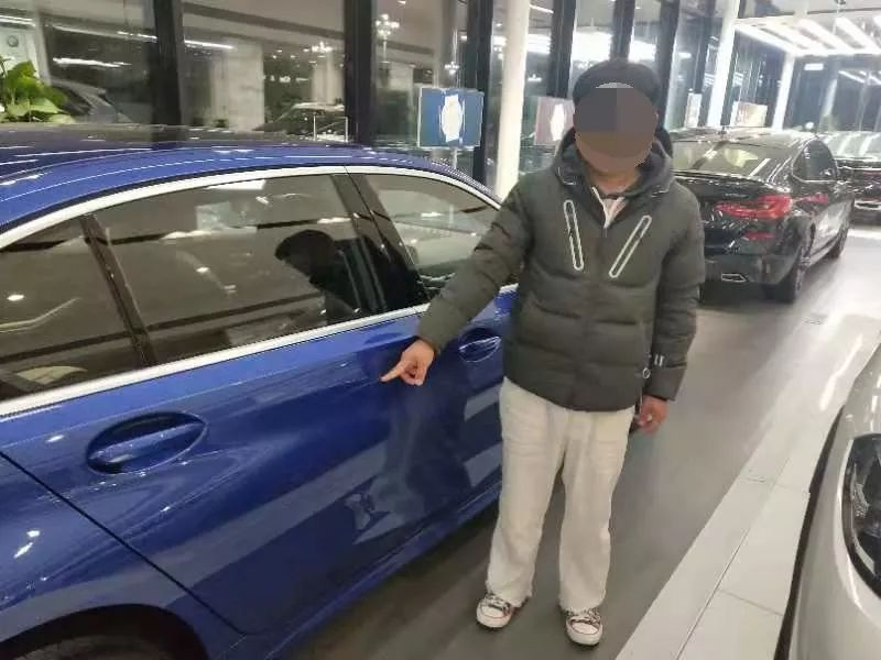 22yo Spoilt Man-Child Scratches New BMW In Showroom To Force Father to Buy It For Him - WORLD OF BUZZ