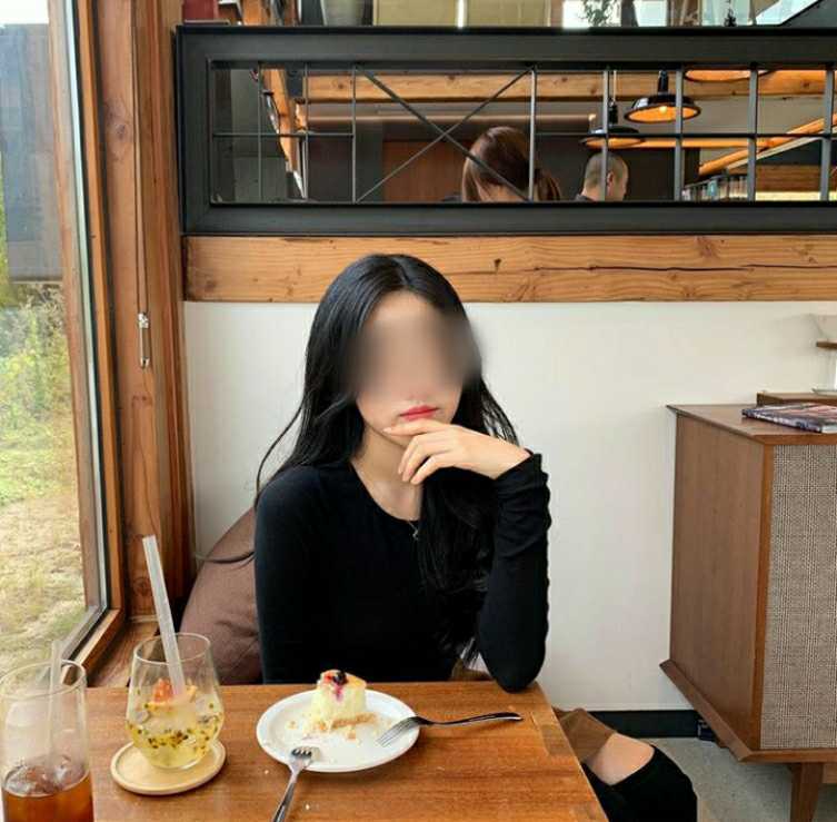 M'sian Girl Spends BF's RM4.2K Salary On Food In 2 Weeks, Wants To Break Up As It's Not Enough - WORLD OF BUZZ 1