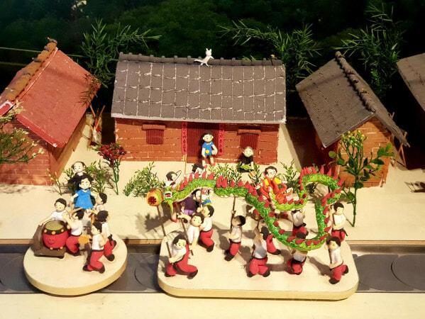 Jenjarom Lights Lit Weih Cny Lantern & Floral Festival - World Of Buzz 8